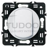 Выключатель, переключатель одноклавишный, (вкл/выкл с 1-го и 2-х мест) 10 А / 250 В, белый