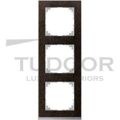 Рамка тройная, для горизонтального/ вертикального монтажа, венге/алюминий