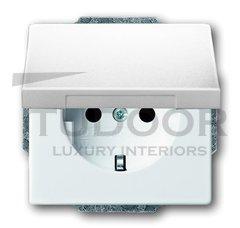 Розетка с заземляющими контактами 16 А / 250 В, с крышкой и защитой от детей, автоматические зажимы, пластик белый глянцевый